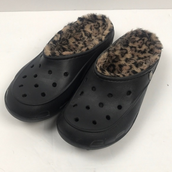 6ba827ae4a7ed4 CROCS Shoes - Women s Crocs Freesail Plush Fuzz-Lined Clog ...